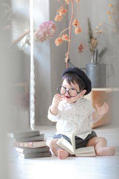 名古屋のフォトスタジオノーブレムのベビーフォト。七五三、お宮参り、誕生日、家族写真、マタニティ、様々なジャンルの撮影ができるフォトスタジオです。 Cute Babies, Baby Kids, Pretty Baby, Photo Studio, Baby Photos, Fairy Tales, Children, Birthday, Photography