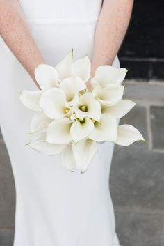 Chic calla lily wedding bouquet: Photography: China Jorrin Photography - chinajorrinphotography.com   Read More on SMP: http://www.stylemepretty.com/2016/09/28//
