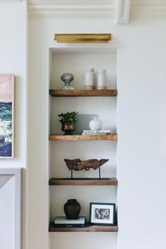 This Canadian Mom-of-Three's Home Perfectly Mixes Minimalist Design With Bohemian Flair Living Room Interior, Home Living Room, Living Room Decor, Interior Livingroom, Bedroom Decor, Objet Deco Design, Stoff Design, Home Decor Accessories, Cheap Home Decor