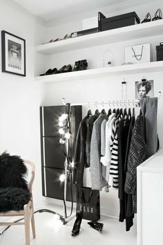 Bedroom Wardrobe, Wardrobe Rack, Wardrobe Ideas, Closet Minimalista, Ideas De Closets, Diy Clothes Kimono, White Closet, Trendy Bedroom, Girls Bedroom