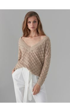 PULOVER PENTRU FEMEI, PULOVERE, HANORACE, bej, MOHITO Bell Sleeves, Bell Sleeve Top, Sweaters For Women, Pullover, Tops, Fashion, Moda, Fashion Styles, Sweaters