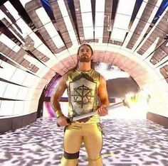 Seth Rollins (Gold steals my heart❤)