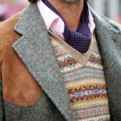 Classic hunting jacket in tweed with fair isle vest. Tweed Run, Tweed Jacket, Jodhpur, Motif Fair Isle, Shooting Clothing, Preppy Style, My Style, Real Style, Style Blog