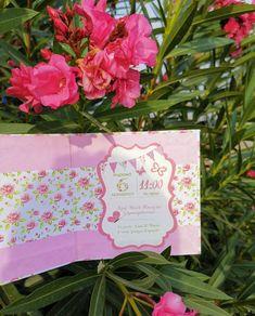 Προσκλητηριο βαπτισης ρομαντικα λουλουδια για κοριτσια με σκληρο εξωφυλλο τυπου βιβλιο. Τηλεφωνικες παραγγελιες στο 📲+306973390687