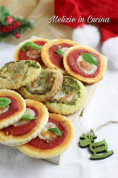 Friends Recipe, Canapes, Finger Foods, Tacos, Xmas, Drink, Ethnic Recipes, Yummy Snacks, Cooking