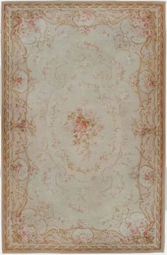 Sew French: Beautiful Aubusson Rug ~ Shabby Chic d… Tapis Shabby Chic, Rose Shabby Chic, Shabby Chic Dining Room, Shabby Chic Mirror, Shabby Chic Kitchen, Shabby Chic Style, Shabby Chic Furniture, Shabby Chic Decor, Vintage Furniture