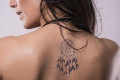 Indianer Tattoo wie indianischen Traumfänger & Feder in Gold kaufen: Klebbar ✓ entfernbar ✓ Im Angebot nur 5,90 € ▷ Jetzt bei POSH Tattoo bestellen!