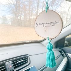 Car Hanging Accessories, Car Accessories For Women, Car Rear View Mirror, Mirror Hangers, Cute Cars, Car Ornaments, Wood Slices, Birch Trees, Repurposed
