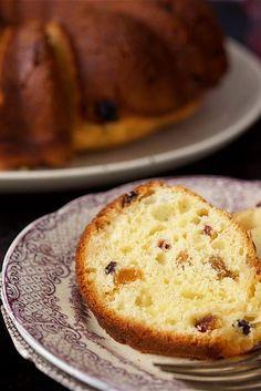 Polish Babka - A moist, cake-like yeast bread, often served at Polish Easter celebrations. Polish Babka Recipe, Polish Recipes, Polish Food, Polish Desserts, Polish Nails, 3d Nails, Croissants, Polish Easter, King Arthur Flour