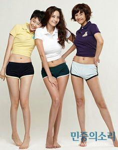 Han ChaeYoung #한채영 :: (L) Heo YiJae #허이재 (C) Han ChaeYoung 한채영 (R) Kang HyeJung #강혜정