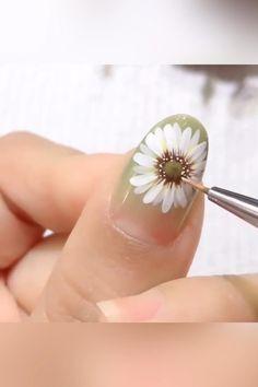 Nail Art Designs Videos, Nail Art Videos, Rose Nail Art, Flower Nail Art, Diy Acrylic Nails, Acrylic Nail Designs, Nail Art Hacks, Nail Art Diy, Gel Nail Polish Set