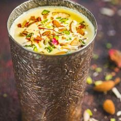 This Indian Kesar Badam Milk is loaded with goodness of almonds and saffron and is a treat to sip on. Check out this super easy to make it at home and enjoy it either chilled or hot. Here is how to make kesar badam milk. Milk Recipes, Vegetarian Recipes, Cooking Recipes, Healthy Recipes, Sweets Recipes, Yummy Drinks, Healthy Drinks, Yummy Food, Healthy Milk