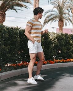 37 trending casual summer outfits for men 2 ⋆ talkinggames net is part of Mens summer outfits - 37 trending casual summer outfits for men 2 Casual Summer Outfits, Short Outfits, Plad Outfits, Stylish Outfits, Men Looks, Outfits Hombre, Mens Fashion, Fashion Outfits, Look Cool
