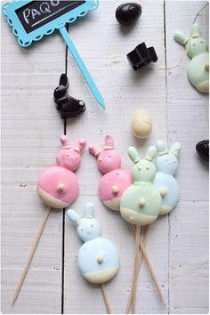 Sucettes de petits lapins meringués