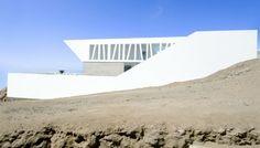 The Playa El Golf H4 House by RRMR Arquitectos