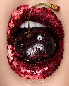 : Check out the world famous Makeup Artist Vlada Haggerty. She is the iconic Lippenstift, , Coolest Lip Art Trend ! : Check out the world famous Makeup Artist Vlada Haggerty. She is the iconic Welches ist dein Lieblings ? Lip Art, Lipstick Art, Lipstick Colors, Lip Colors, Maroon Lipstick, Purple Lipstick, Lipstick Shades, Red Lipsticks, Lipstick Designs