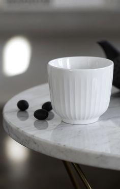 Lige til teen eller kaffen #inspirationdk #nyhed #danskdesign #Hammershøi #coffee #Kähler