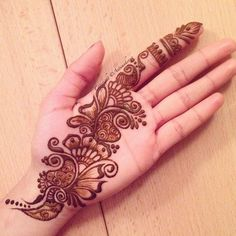 Best Henna Design on Palm Images Gallerh - Henna Designs Easy on Palm with Cute and Simple Design for Girl. this is the best henna design on Palm Latest Arabic Mehndi Designs, Full Hand Mehndi Designs, Mehndi Designs 2018, Mehndi Designs For Girls, Mehndi Designs For Beginners, Modern Mehndi Designs, Dulhan Mehndi Designs, Mehndi Design Pictures, Mehndi Designs For Fingers