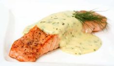 Pinning for the dill sauce. *Roasted Salmon with Dill Sauce Savanna: delicious and super easy! Just warmed it up before serving Salsa Bernaise, Molho Bernaise, Bernaise Sauce, Sauce Recipes, Fish Recipes, Seafood Recipes, Cooking Recipes, Cooking 101, Recipies