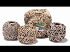 Tutorial: Palline di Natale shabby con lana (Christmas wool balls) [eng-sub] Rope Basket, Basket Weaving, Crochet Home, Crochet Yarn, Simple Christmas, Christmas Diy, Crochet Videos, Mason Jar Crafts, Paper Roses