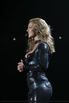 Britney Spears   The Onyx Hotel Tour