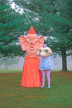 Paolo del Toro – Jo Tunn and Vinegar Tom Arte Obscura, Creepy Cute, Creepy Pics, Sign Printing, Psychedelic Art, Kitsch, Art Inspo, Art Reference, Cool Art