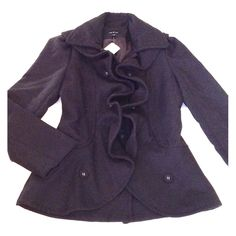 DOUBLE LINED BLACK RUFFLE PEACOATNWT DOUBLE LINED BLACK RUFFLE PEACOATNWTBRANDNEW. SIZE SMALL. BY ARK & CO. AMAZINGGGG PIECE FOR THE FALL! SUPER FLATTERING FITTED CUTE WITH RUFFLES GOING DIWN THE DOUBLE BREASTED BUTTON DOWN FRONT. BLACK. FULLY LINED SATIN INTERIOR. Ark & Co Jackets & Coats