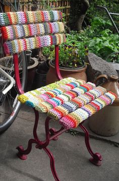 Crazy Yarn Projects You've Never Even Dared To Try. What a clever idea.