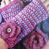 Ravelry: Autumnal Handwarmers pattern by Tracey Todhunter