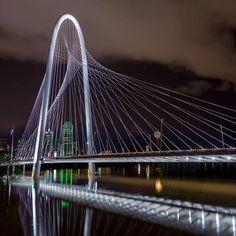 Goodbye weekend ... #OutlineTheSky #RepYourCity #Dallas #margarethunthillbridge Photo©: @thewestisbig