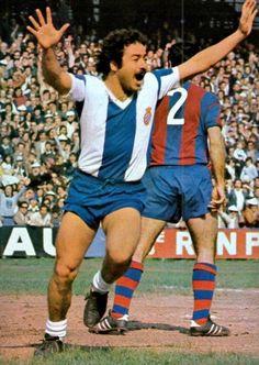 Big Moustache, Rcd Espanyol, National Football Teams, Football Players, Messi, Leo, Photos, Running, Sport