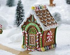 Gingerbread Houses For Sale, Homemade Gingerbread House, Gingerbread Christmas Decor, Candy Land Christmas, Gingerbread House Designs, Gingerbread House Parties, Outdoor Christmas Decorations, Gingerbread Man, Christmas Crafts