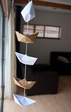 Veja mais no joiasdolar.blogspot.com.br *Em cada post do blog constam os créditos das imagens* #diy #decor #inspiração #inspiration #inspiración #ideas #ideias #joiasdolar #projects #tutorials #craft #handmade  #navy #boat #paper #mobile