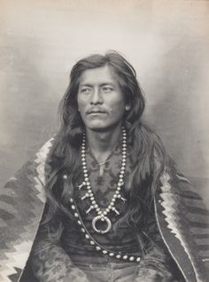 STRAIGHT SHOOTER (aka Adam Clark Vroman aka Ah-del-stohne) Navajo (1903)