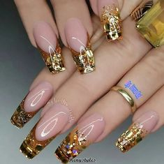 """If you're unfamiliar with nail trends and you hear the words """"coffin nails,"""" what comes to mind? It's not nails with coffins drawn on them. It's long nails with a square tip, and the look has. Glam Nails, Hot Nails, Fancy Nails, Trendy Nails, Pink Nails, Acrylic Nail Designs, Nail Art Designs, Acrylic Nails, Gel Nail"""