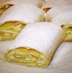 Myslíme si, že by sa vám mohli páčiť tieto piny - sbel Strudel, Eastern European Recipes, Czech Recipes, Sweet Cakes, Sweet And Salty, Sugar And Spice, Relleno, No Bake Cake, Sweet Recipes