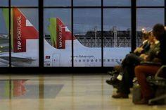 """TAP eleita companhia europeia líder para África e América Latina.  //  Companhia aérea foi distinguida nos World Travel Awards, os """"Óscares"""" do turismo mundial. Portugal ganhou 14 prémios."""