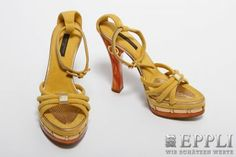 LOUIS VUITTON exclusive strappy sandals, size 36 RUNWAY MODEL, UNWORN! Estimate about € 800,- Starting Price € 480,-