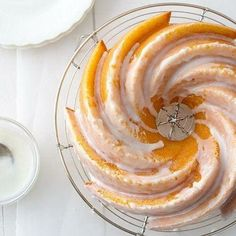 Lemon Cream Cheese Bundt Cake with Lemon Glaze - a beautiful bundt cake you can make in one bowl!
