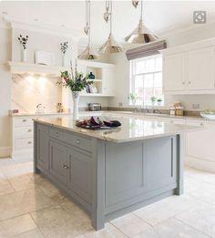 Dream kitchen with a mint green island please! Tom Howley's classic Hartford design (Beautiful Kitchens - January 2015 UK) Open Plan Kitchen, New Kitchen, Kitchen Ideas, Kitchen White, Awesome Kitchen, Vintage Kitchen, Kitchen With Tile Floor, Cheap Kitchen, Kitchen Modern