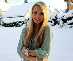 I want her hair!!