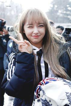 chengxiao - Lee Jin, Sketch Poses, Kim Hyun, Cheng Xiao, Fan Picture, Cosmic Girls, Korean Celebrities, Girl Crushes, Ulzzang Girl