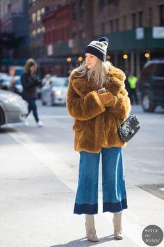 Charlotte Groeneveld The Fashionguitar Street Style Street Fashion Streetsnaps by STYLEDUMONDE Street Style Fashion Photography