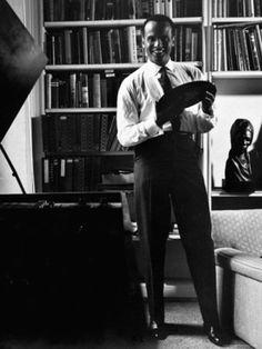 Harry Belafonte par Robert W. Kelley, 1958.
