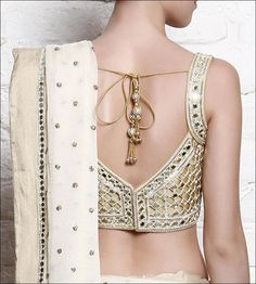 Blouse back neck designs have been a rage. Here are 54 stylish back neck blouse designs, Pick the best blouse to complement your designer saree. Blouse Back Neck Designs, Best Blouse Designs, Sari Blouse Designs, Blouse Patterns, Sexy Blouse, Saree Blouse, Work Blouse, Indian Fashion, Women's Fashion