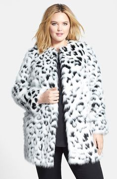 Whatever the outfit, this trendy topper makes a fierce finish in plush faux fur carved with slinky animal spots. <ul> length (size <li>Fully lined.</li> <li>By MICHAEL Michael Kors Plus Size Coats, Plus Size Skirts, Plus Size Fall Outfit, Plus Size Outfits, Curvy Girl Fashion, Plus Size Fashion, Nordstrom Coats, Curve Dresses, Plus Size Kleidung