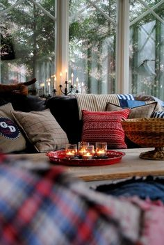 Winter has arrived in my part of the world. Its time to dress up the home and make it look warm and cozy! Here are some lovely spaces that to me showcase a lot of winter love :)  Which one is your favorite?