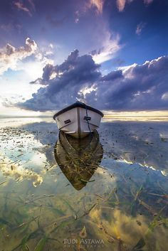 Lonely time by Budi Astawa on 500px