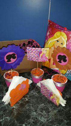 Centros de mesa/ servilletero/piñata temática! !!