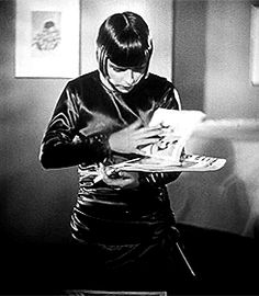 Louise Brooks - Pandora's Box (1929) GIF